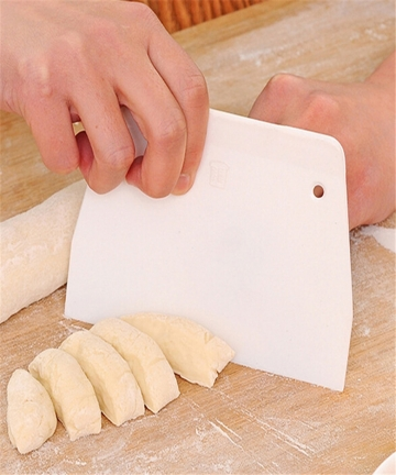 Plastic-Dough-Scraper-Dough-Cutters-Kitchen-Butter-Knife-Spatula-Baking-Pastry-Tools-Cutting-for-Bread-Making-Cake-Decoration-32