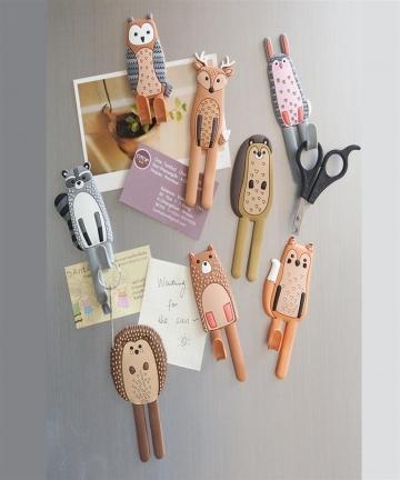Cute-Magnetic-Hooks-Removable-Fridge-Sticker-Refrigerator-Message-Magnet-Coat-Hanger-Key-Holder-Storage-Hook-Hedgehog-4000016631