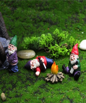 Mini-Resin-Moss-Micro-Landscape-Decoration-Outdoor-Fairy-Miniature-Garden-Dwarf-Ornaments-Handicraft-Flower-Pot-Accessories-Elf-